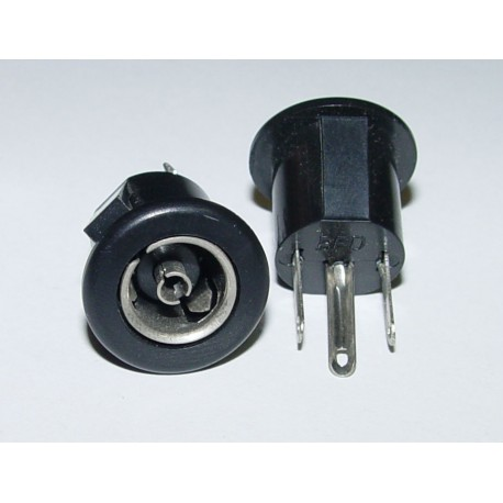 Adaptor - Fenale Chassis Mount 14-17mm Hole